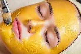 Mặt nạ kết hợp tinh bột nghệ, dầu oliu và mật ong để làm đẹpda